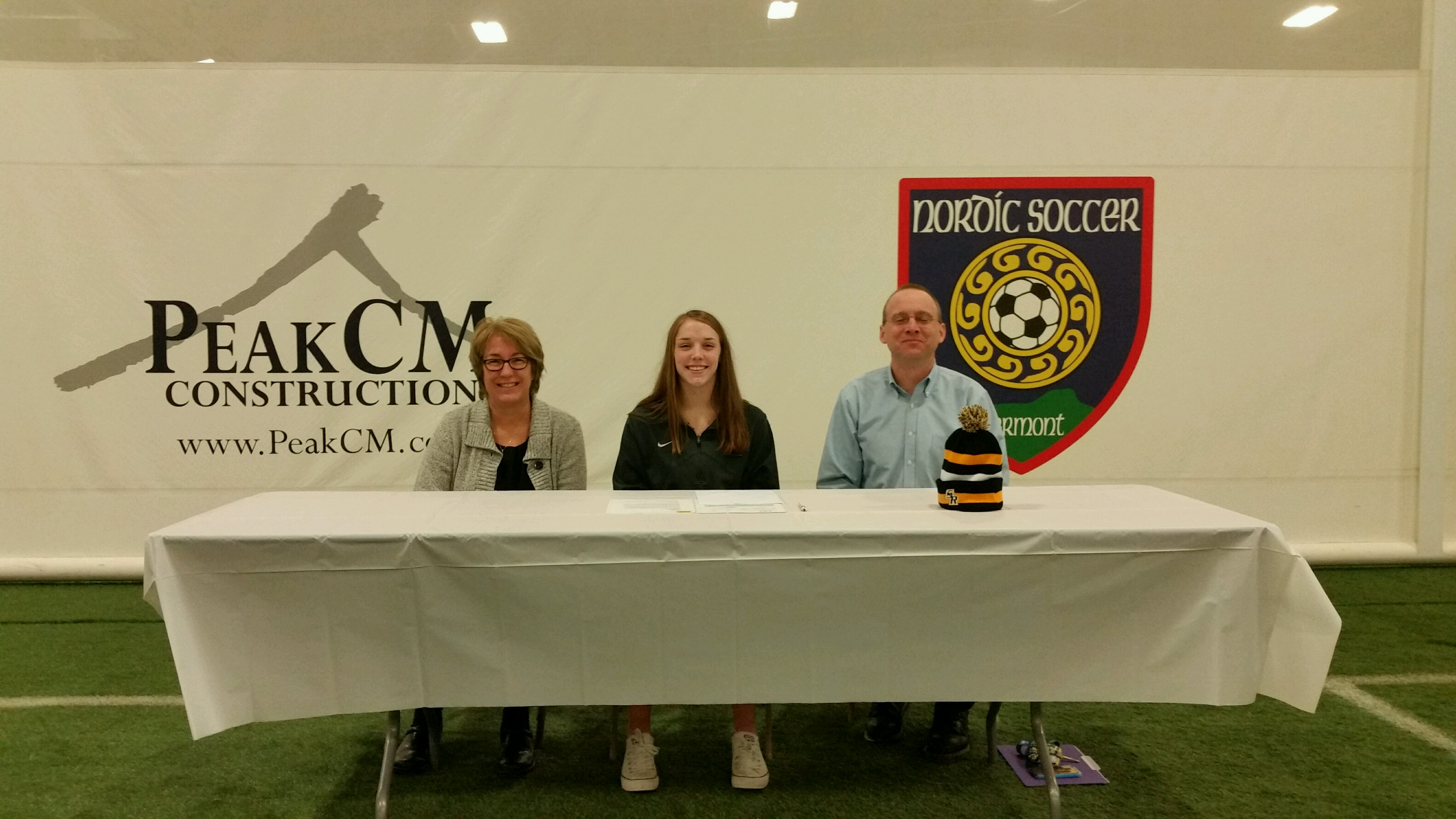 Dabagian signs National letter of Intent to Attend Saint Rose College